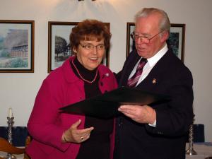 Die frühere Landtagsabgeordnete und Vorsitzende der Deutsch–Polnischen Gesellschaft in Osnabrück Irmgard Vogelsang wurde am 8. Januar 2011 zum Ehrenmitglied der Kreisgemeinschaft Allenstein-Land e. V. ernannt.